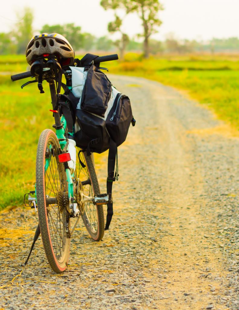 Best Touring Bikes Under 1000 in 2021